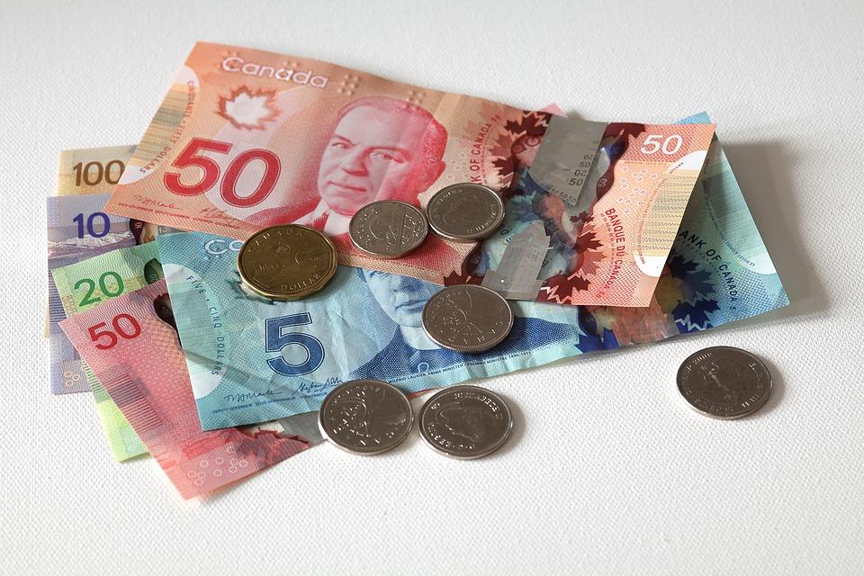 دستمزد کانادا